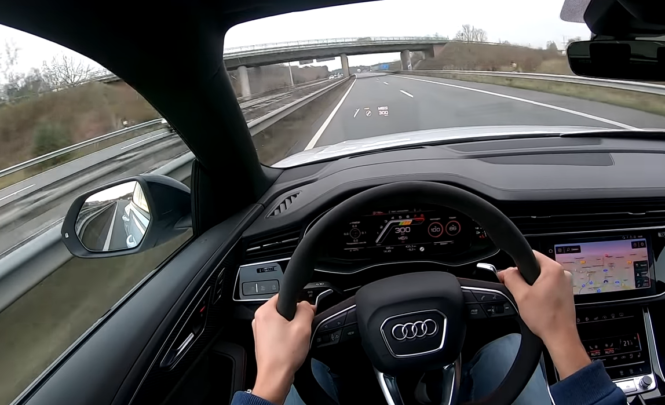Hrabrost ili ludost: Audija od 600 KS vozio 300 na sat i snimao vožnju!